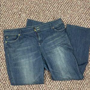 Blue jeans Avenue 20 average boot cut